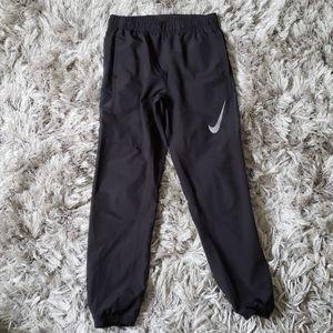 Nike Hybrid Dri-Fit Tapered Track Pants Y-Large